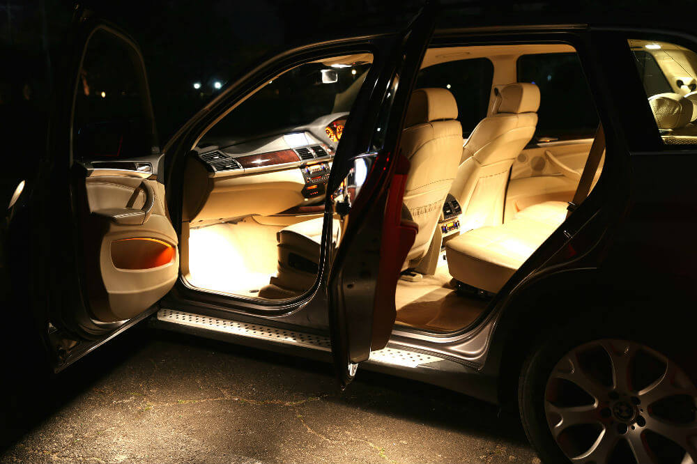 BMW X5 - Prestige Car Rentals