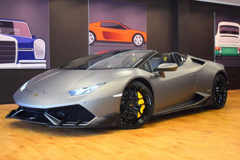 Lamborghini Huracan Spyder - Prestige Car Rentals