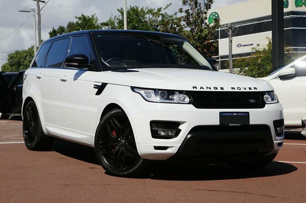 Range Rover Sport HSE SDV8 - Prestige Car Rentals