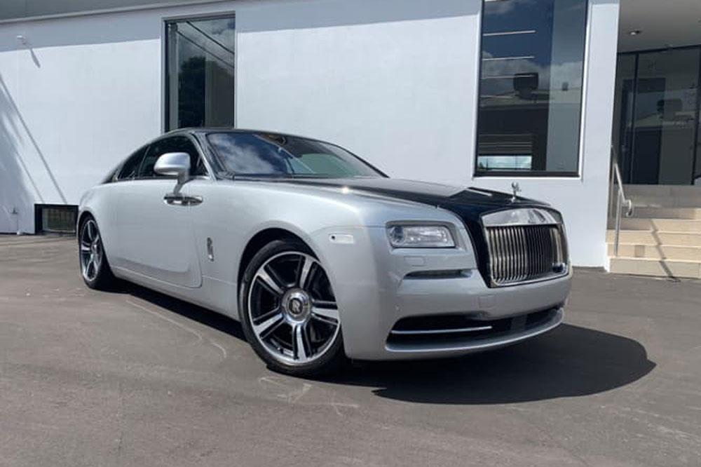 Rolls Royce Wraith - Prestige Car Rentals