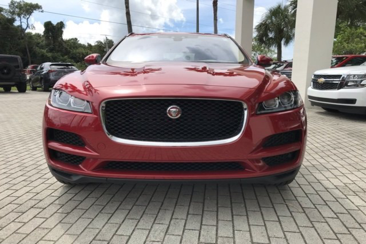 Jaguar F-Pace  2.0L Turbo Intercooled V4
